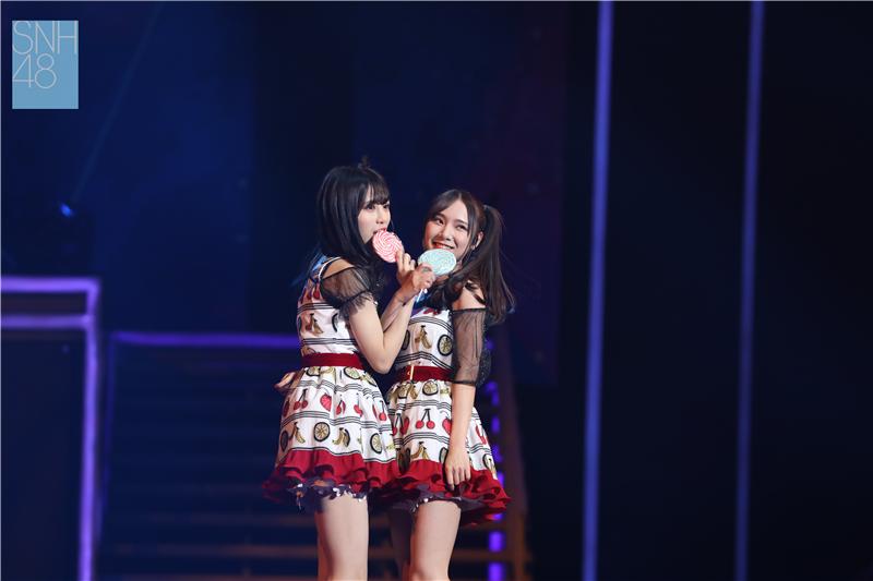 SNH48 FAMILY GROUP演唱会回顾:两人组合HO2揭晓