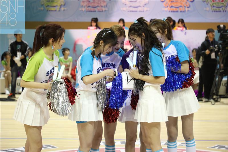 首届SNH48偶像运动会回顾:7SENSES 劲歌热舞添精彩