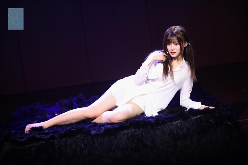 """SNH48汪束生日特别公演回顾:心中有""""束"""",宠溺无限"""